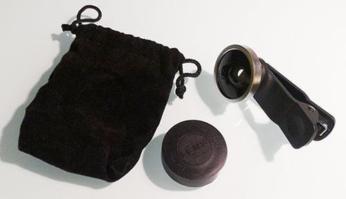 筆者の購入したスマホ用の広角レンズの写真画像