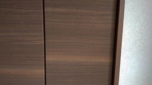 木製建具と造作材の色を写した写真画像