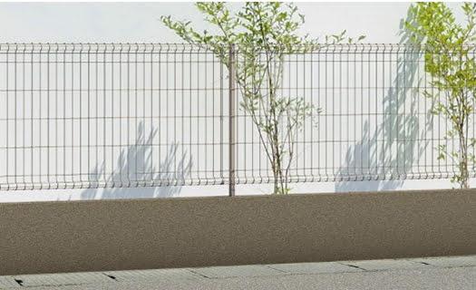 三協アルミさんカタログから引用させて頂いたユメッシュE型フェンスの関連画像1