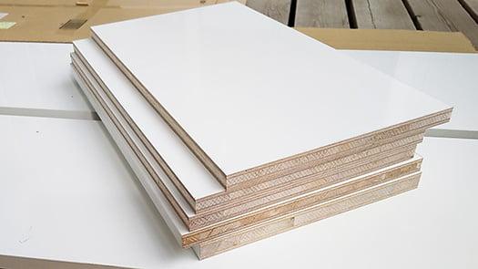 挿絵:棚板をイメージさせる写真画像