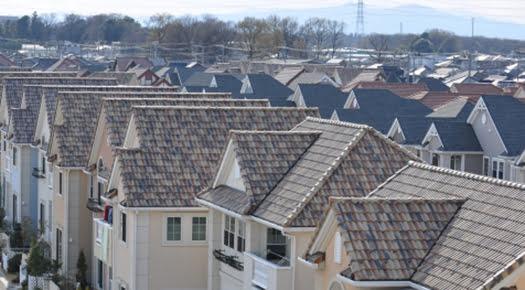 挿絵:屋根メンテナンスをイメージさせる写真画像