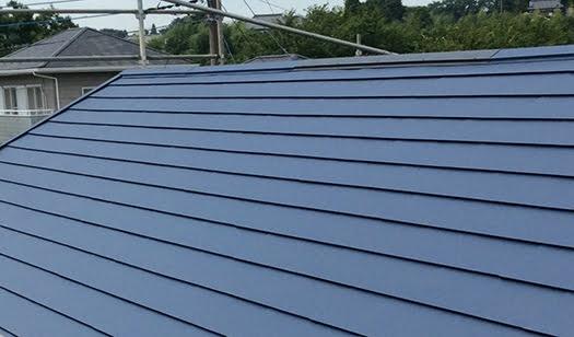 鉄板屋根のイメージ2:横葺き写真画像