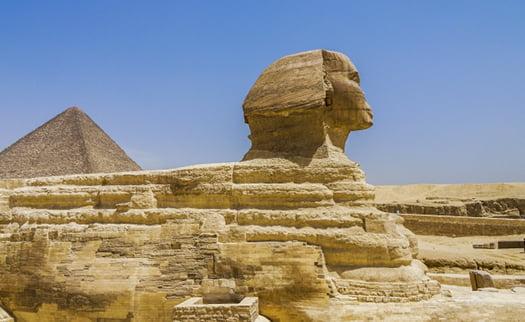 挿絵:古代エジプトなど古い時代を想起させるイメージ写真画像