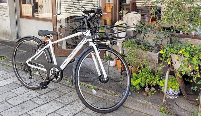 路上に停められた自転車例を撮影した写真画像 ※建売で後悔しないための注意点「4条」解説画像5