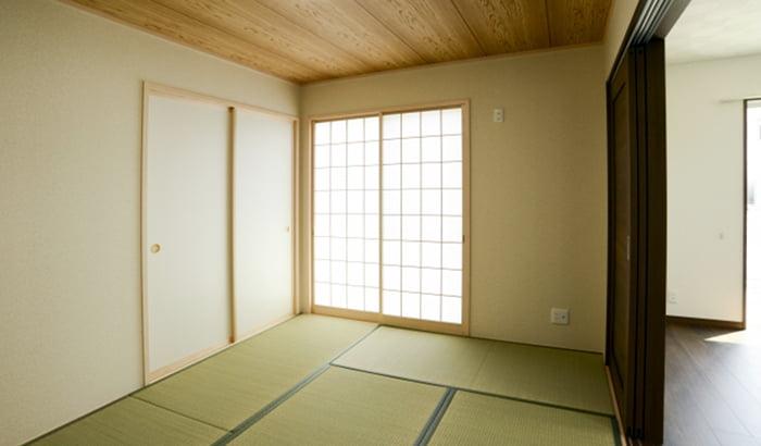 昔ながらの和室でない最近の和室を撮影した写真画像 (フォトACさんからの出展)