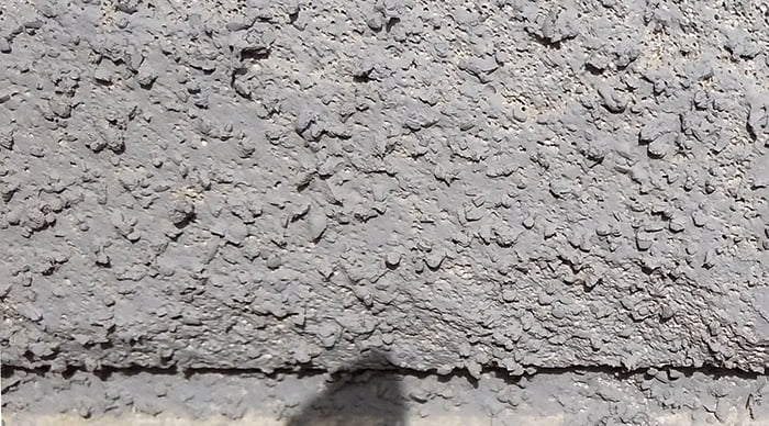 外壁吹付け面の塗装の載り具合を撮影した写真画像②増築面1(まあまあの個所) ※雨漏りの原因調査の詳細分析画像4