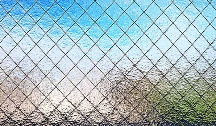 とある型板網入りガラスを撮影した写真画像:略語FWの例