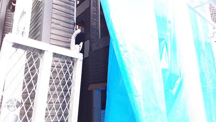八王子の階段崩落現場の崩落個所を撮影した写真画像(筆者が撮影) ※リフォーム費用を算出するリフォーム見積もりの考え方解説画像09
